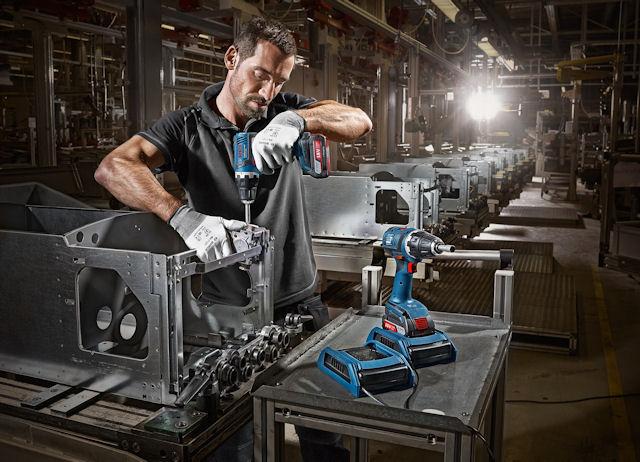 Беспроводная зарядка электроинструментов Bosch